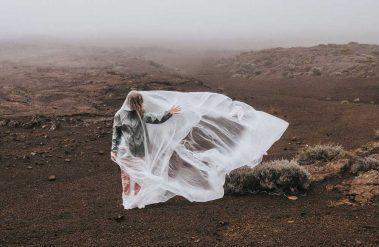 mage from the series Plástico, filmed by Coke Bartrina; art direction Nuria Val / original concept by Pepi de Boissieu